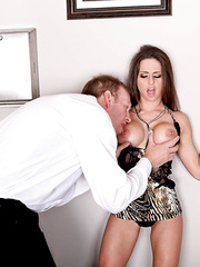 Brave pornstar Rachel RoXXX enjoying two big cocks and reaching multiple orgasms