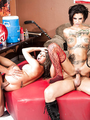 Extremely hot babes Bonnie Rotten and Rachel RoXXX got two cocks for a wild fuck