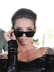 Incredibly hot babe with sexy tattooed body Christy Mack got anal creampie