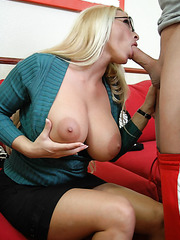 Amazing milf Holly Halston got a sweet cumshot on her sexy glasses