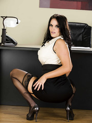 Femme fatale Mackenzee Pierce strips in her office maddening us