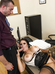 Curvy milf brunette Mackenzee Pierce got a full relaxation right in the office