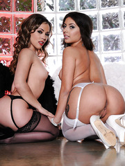 Black and white lesbian angels Jynx Maze and Kristina Rose making us crazy