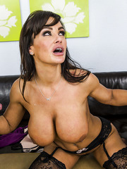 Hardcore threesome action with horny milf Lisa Ann that loves to take everywhere