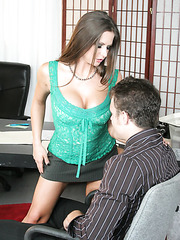 Slender bombshell with big round tits Rachel RoXXX makes him wild with her hot temperament W