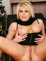 Two buxom milfs Brooke Haven and Penny Flame are ready to show their delicious bodies