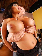 Busty and gorgeous brunette milf Lisa Ann gets a nice cock in the wet mouth