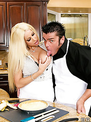 Gorgeous and horny blonde babe Gina Lynn gets a sperm on the lips