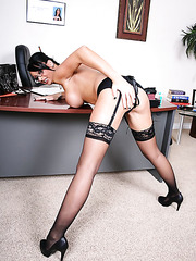 Sexy lady Hailey Star undresses her black lingerie and masturbates