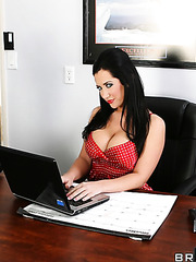 Hardcore and hot fuck with a brunette bitch Jayden Jaymes in the office