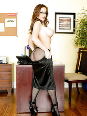 Sexy babe with huge breast and long legs Jenna Presley takes of her hot pantyhose and bra