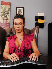 Big titted milf Rachel Starr knows how to take off her lingerie driving you wild