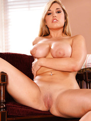 Curvy mature hottie Dayna Vendetta demonstrates her boundless breast and gentle pussy