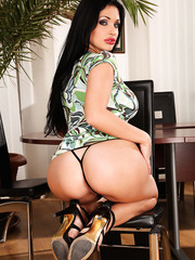 Extremely provocative Aletta Ocean's plump lips, huge tits and sweet ass make us wild