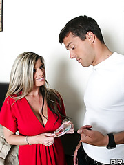 Milf with really big tits and powerful ass Kristal Summers shows great sex with her new lover