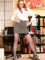 Redhead office mistress Tarra White amazes with her great tits and trimmed pussy
