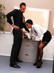 So hot office lady as Sophia Lomeli doesn't let her colleagues to work without erection