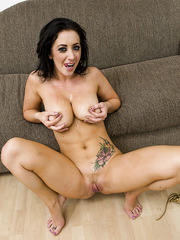 Passionate and hot milf Jayden Jaymes came to get new job but got a big cock