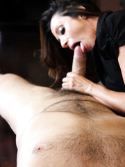 Milf with big tits and dark nipples Ariella Ferrera got an intense facial