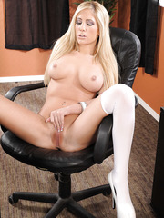 Welcome in the Tasha Reign's office with her beautiful big tits and sexy shaved pussy