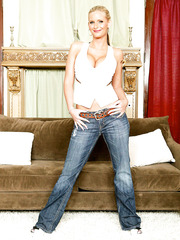 Great blonde Monique Fuentes takes off her big bra and hot jeans to make us wild