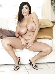 Fatty and appetizing milf Jaylene Rio demonstrates trimmed pussy and giant boobs