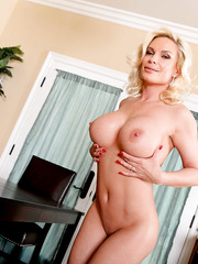 What about amazing blonde sweetie with really delicious big boobs - Diamond Foxxx