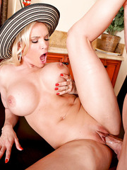 Mature lady with defiant ideas Diamond Foxxx takes part of this hot anal penetration scene