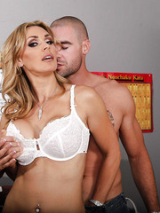 Hardcore fuck with a fabulous and brave blonde whore named Tanya Tate