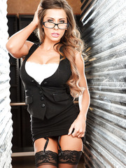 Beautiful girlfriend Madison Ivy looks very hot in the sexy glasses