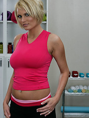 Sexy instructor Hanna Hilton shows her perfect body and sweet tits