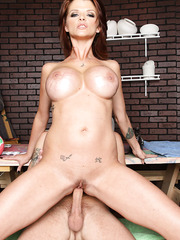 Busty and passionate mommy Joslyn James takes a hot dick in the mouth