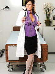 Provocative doctor Veronica Avluv takes off her beautiful lingerie and rubs her elegant snatch