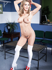 Cute milf Tanya Tate spreads her sexy legs and demonstrates juicy pussy