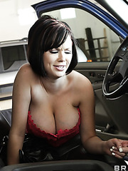 Cute dark haired babe Katie Kox gets a sweet sperm on the face