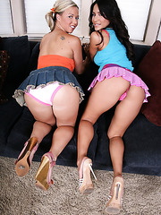 Fascinating lesbians Jenaveve Jolie and Robyn Truelove demonstrating their hot treasures