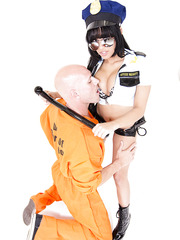 Brunette milf Abella Anderson knows a prisoner with big cock and wants to check it now