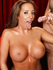 Milf with perfect big tits and sexy hips Richelle Ryan enjoys hardcore fuck