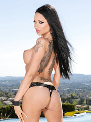 Glamorous brunette dreamboat Raven Bay amazes with her treasures from every side