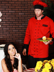 Brandy Aniston came for a romantic dinner and got passionate anal pleasure
