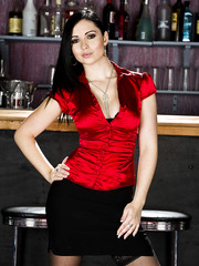 Black haired hottie Angell Summers gets naked and poses in night bar