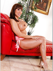 Zealous hooker Ava Devine demonstrating hot forms and reaching orgasm