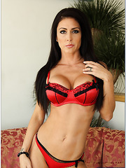 Demonic milf Jessica Jaymes showing cool lingerie and posing in high heels
