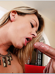 Cheeky babe Amanda Blow makes a first-class blowjob for her friend
