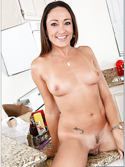 Goodly minx Michelle Lay playing with her big ass and teasing boobies