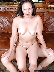 Mrs. Charlei undresses her sexy lingerie for a gentle cunnilingus