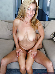 Hardcore and wild fuck with a gorgeous blonde mature Kimmie Morr