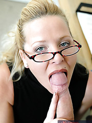 Naughty blonde teacher Jacy Andrews enjoys to spends breaks with students