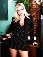 Sweet blonde teacher with hot melons Cameron Keys has a special lesson