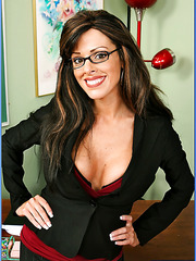 Dark-haired milf with huge fake tits Arianna LaBarbara is a super horny teacher